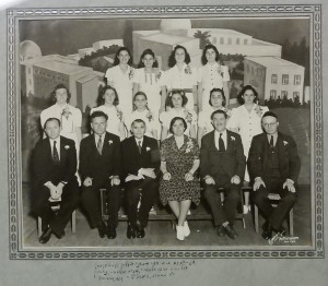 Graduation, Beit Sefer Le'umi (Hebrew High School), Gladys Kerstein at age 12, second row, third from left.